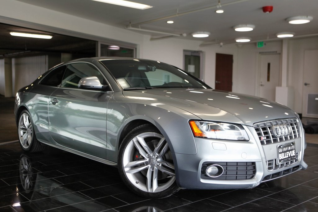Pre-Owned 2009 Audi S5 4.2