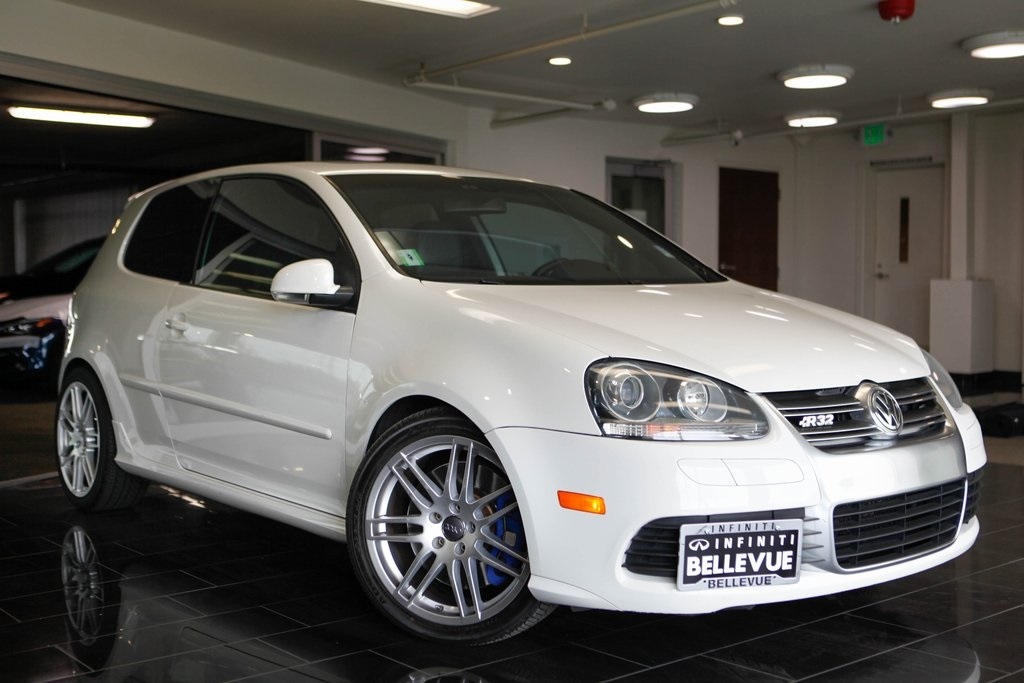 Pre-Owned 2008 Volkswagen R32 Base